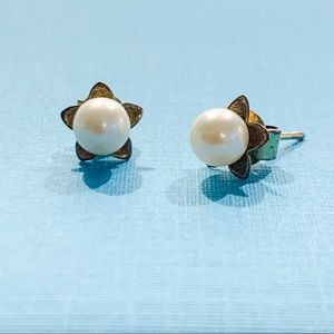Genuine vintage pearls with 14k posts.